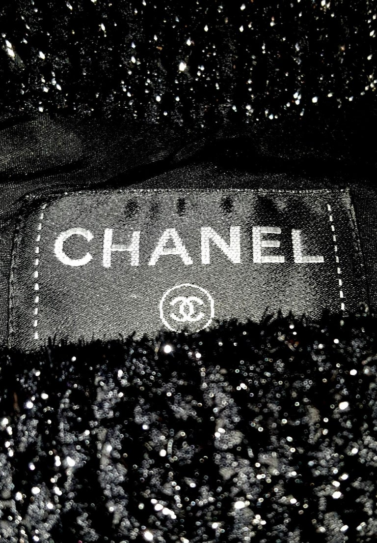 Chanel Black Silk Blend Short Sleeve Shimmering Dress For Sale 2