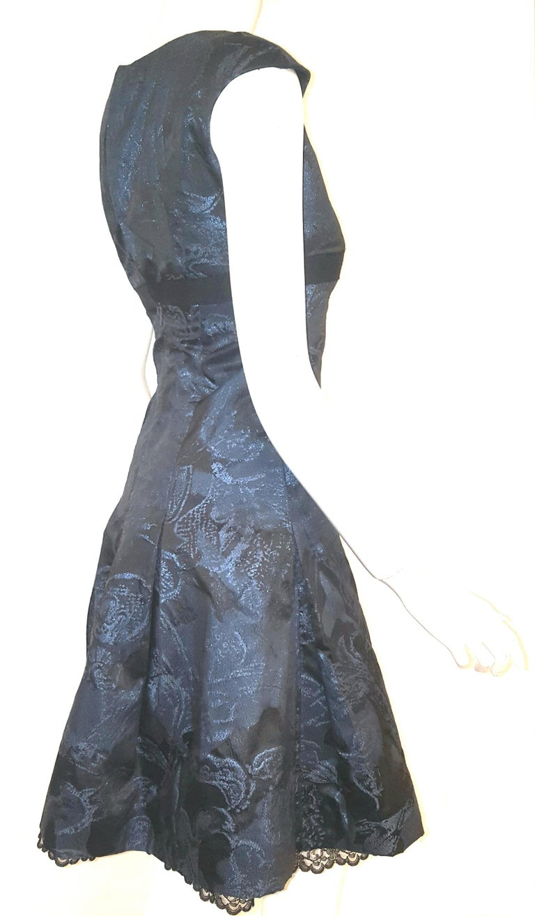 Carolina Herrera Black & Blue Metallic Brocade Feminine Cap Sleeve Dress  In Excellent Condition For Sale In Palm Beach, FL