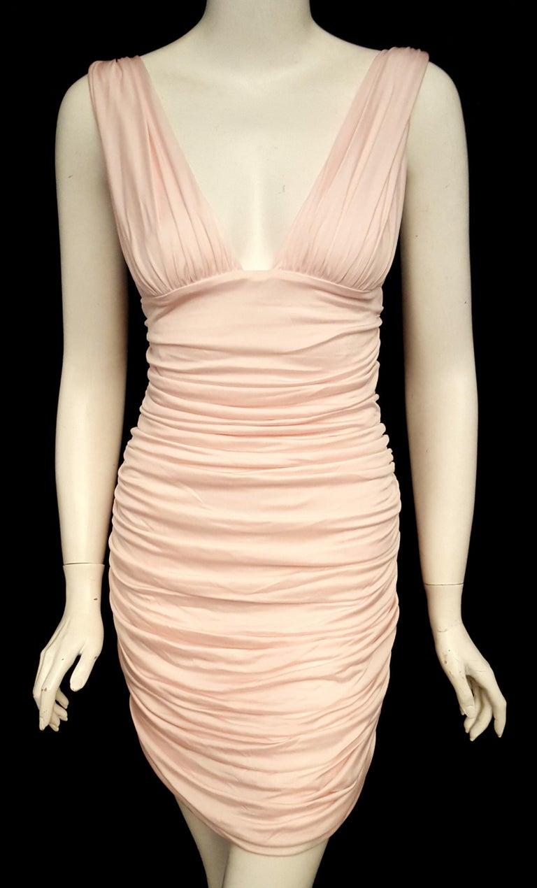 2a7b24ad77e Va Va Voom Balmain Pink V Neck Gathered Bodycon Dress For Sale at ...