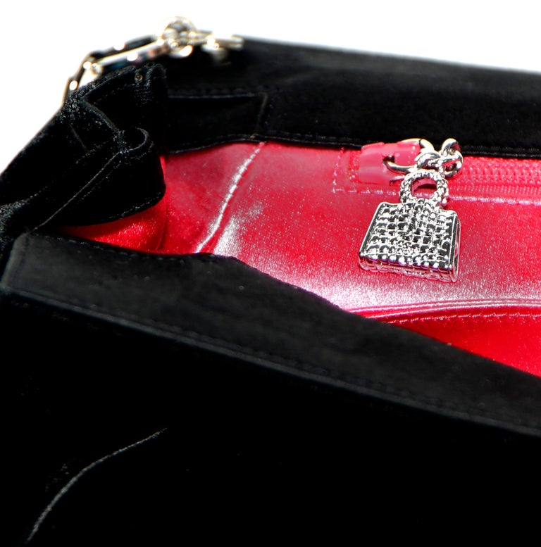 Judith Leiber Minimalistic Velvet Clutch W/ 3 Large Crystals & SilverTone Strap For Sale 4