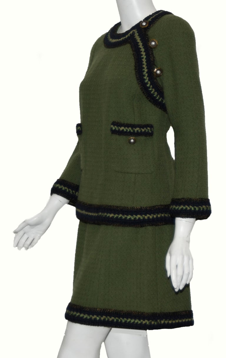 Chanel Olive Green Skirt Suit w/ Navy Blue Trim In Excellent Condition For Sale In Palm Beach, FL