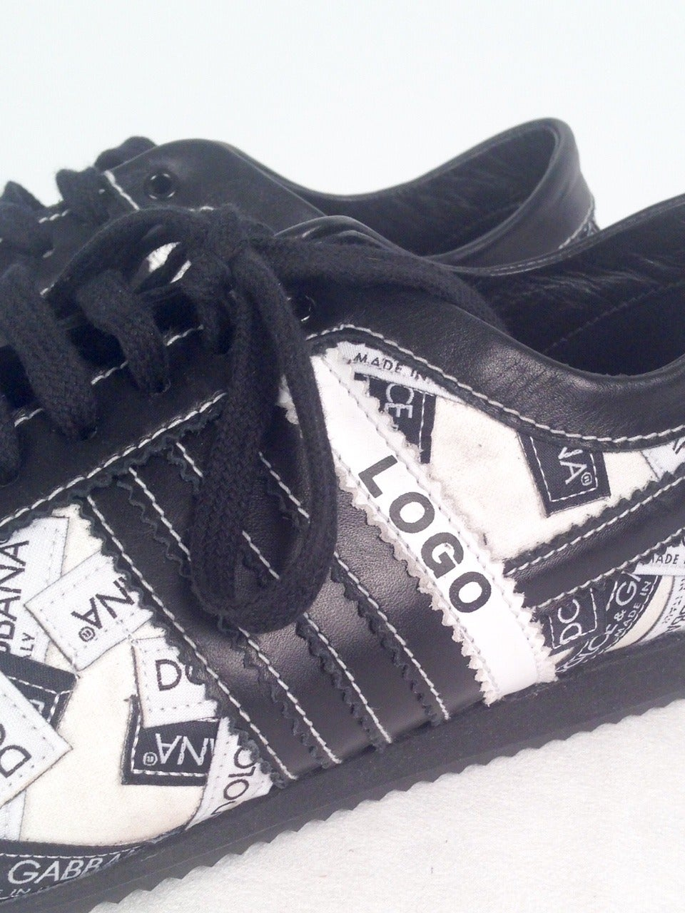 Women's Dolce & Gabbana Logo Sneakers For Sale