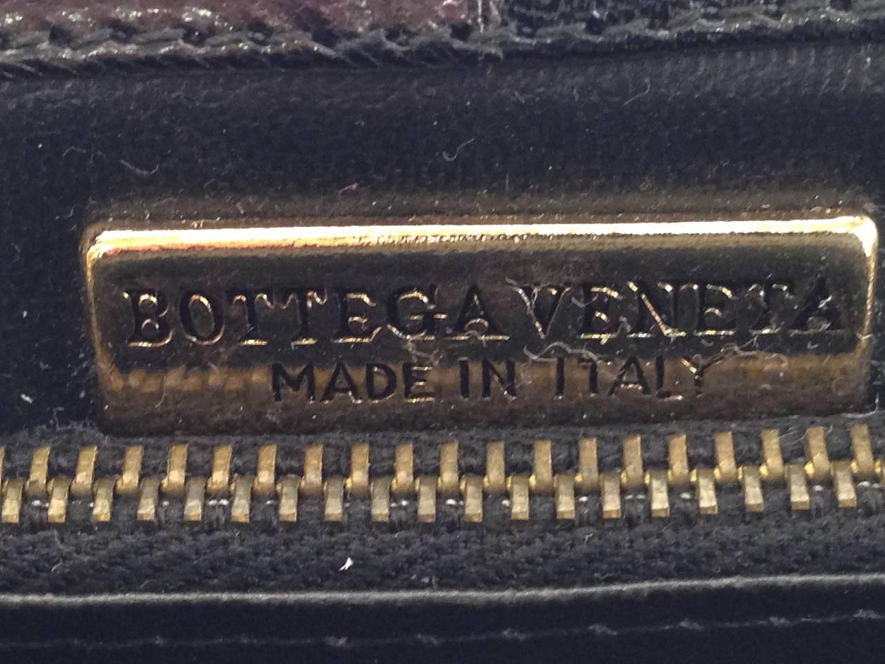 Vintage Bottega Veneta Black Polished Calfskin Day/Evening Convertible Clutch For Sale 4