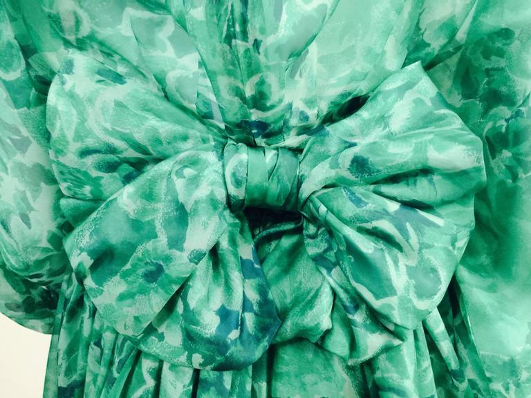 Women's Custom Nina Ricci Paris Green Floral All Silk Day Dress  For Sale