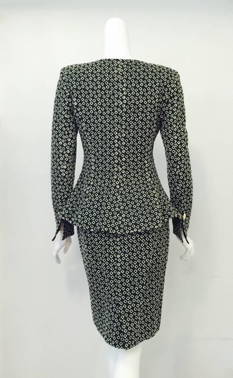 Emanuel Ungaro Parallele Black and White Diamond Eyelet Skirt Suit In Excellent Condition For Sale In Palm Beach, FL