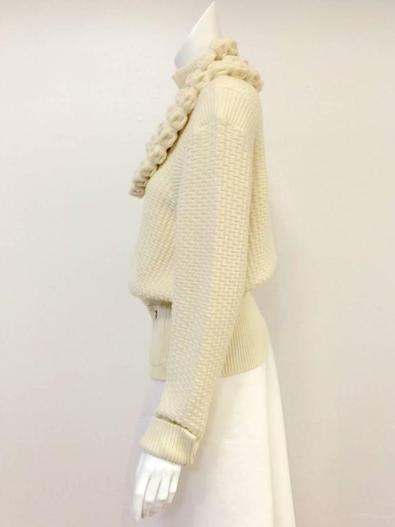 Chanel 100% Ivory Wool Pullover Sweater With Triple Strand Necklace For Sale 2