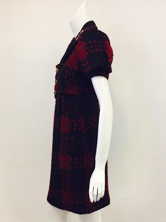 Women's Gucci Black & Burgundy Wool Geometric Design Dress in Dress 38 EU For Sale