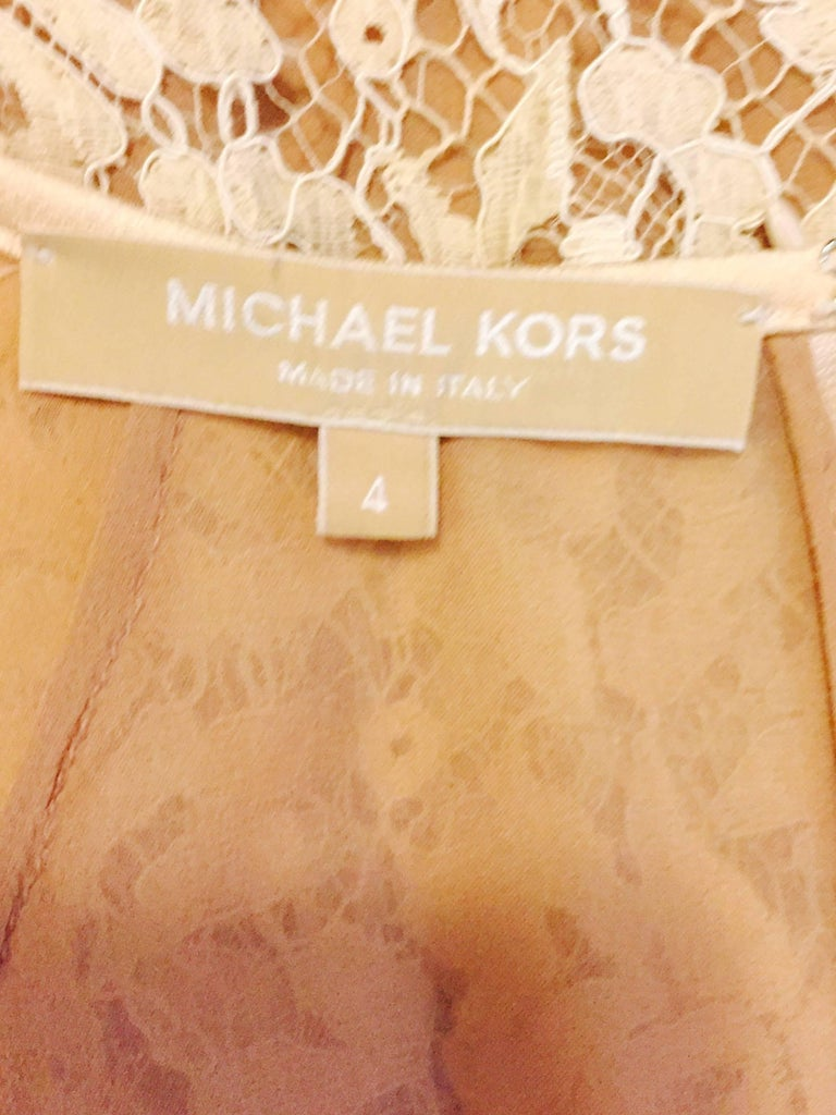 Modern Michael Kors Beige Lace Dress With Double Layer Cuffs and Hem In Excellent Condition For Sale In Palm Beach, FL