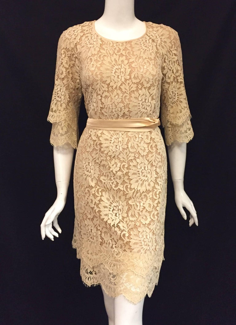 Modern Michael Kors Beige Lace Dress With Double Layer Cuffs and Hem For Sale 1