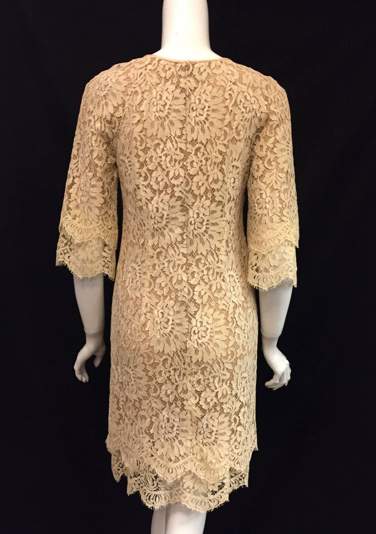 Modern Michael Kors Beige Lace Dress With Double Layer Cuffs and Hem For Sale 3