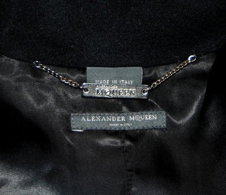 Alexander McQueen Black Adaptable Wool & Cashmere Coat For Sale 9
