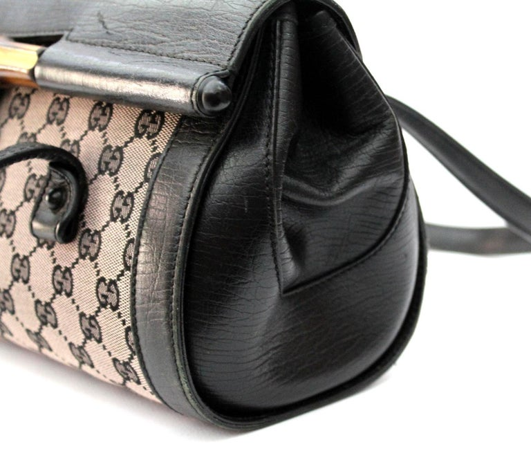 c9c6789ede6205 Gucci Bamboo Bullet Bag In Excellent Condition For Sale In Torre Del Greco,  IT