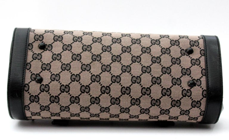 7b92bdb090a224 Gucci Bamboo Bullet Bag For Sale at 1stdibs