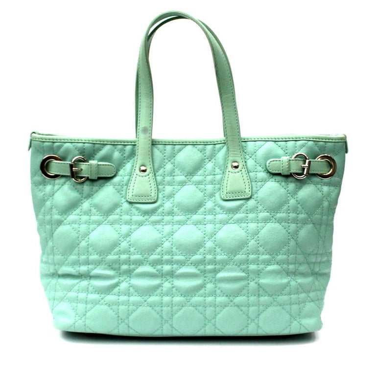 Dior Bag In Tiffany Leather With Silver Details Wearable By Hand Thanks To The Two
