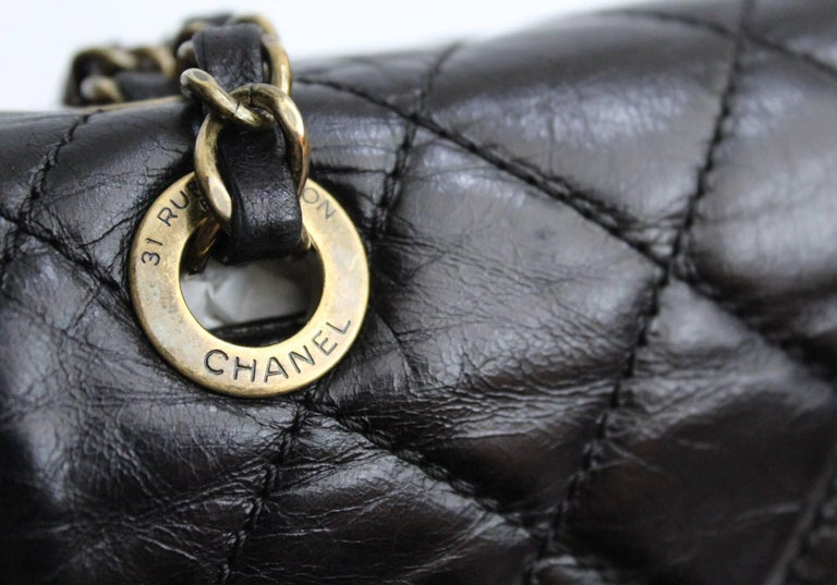 Chanel Black Quilted Leather and Python Urban Mix Medium Flap Shoulder Bag For Sale 1