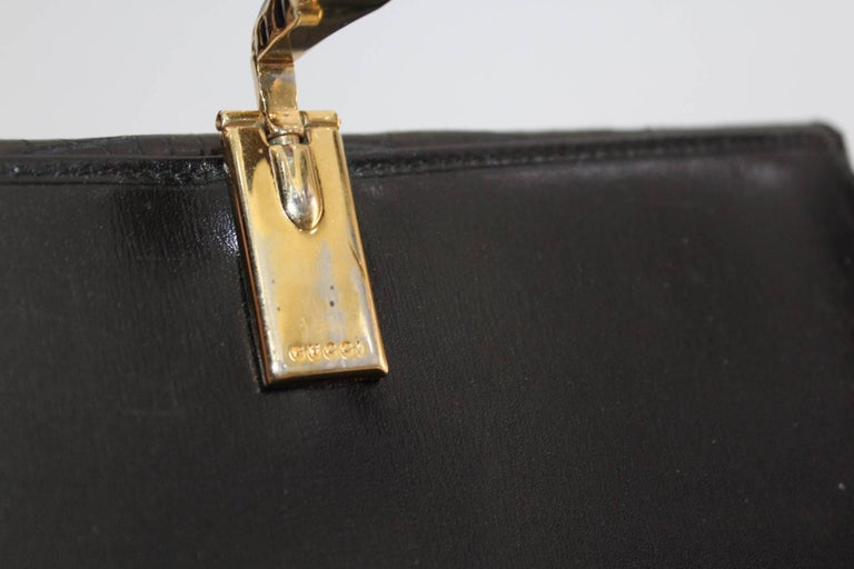 Vintage Gucci Black Crocodile Leather Wallet  In Good Condition For Sale In Torre Del Greco, IT