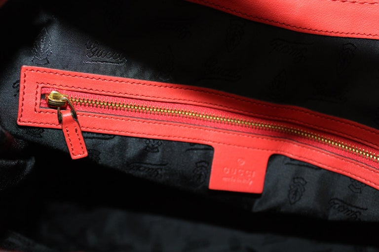 Gucci Red Leather Shoulder Bag For Sale 3
