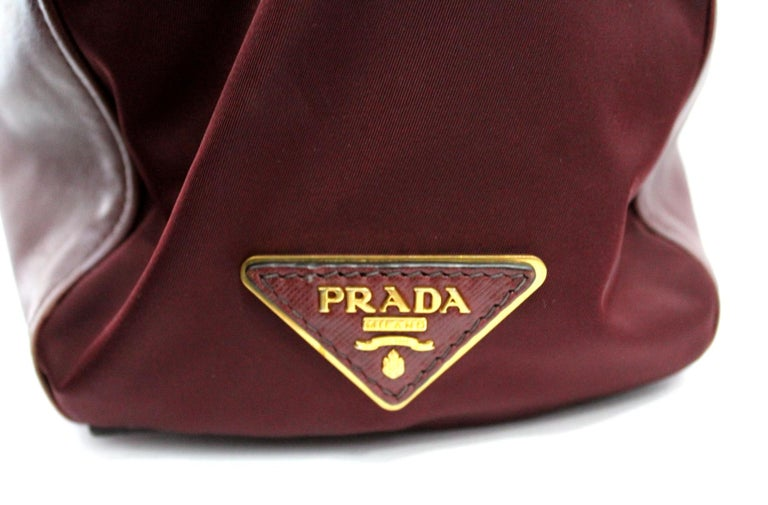 Prada Bordeaux Leather Shoulder Bag For Sale 1