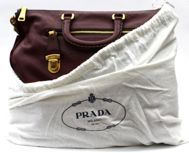 Prada Bordeaux Leather Shoulder Bag For Sale 3