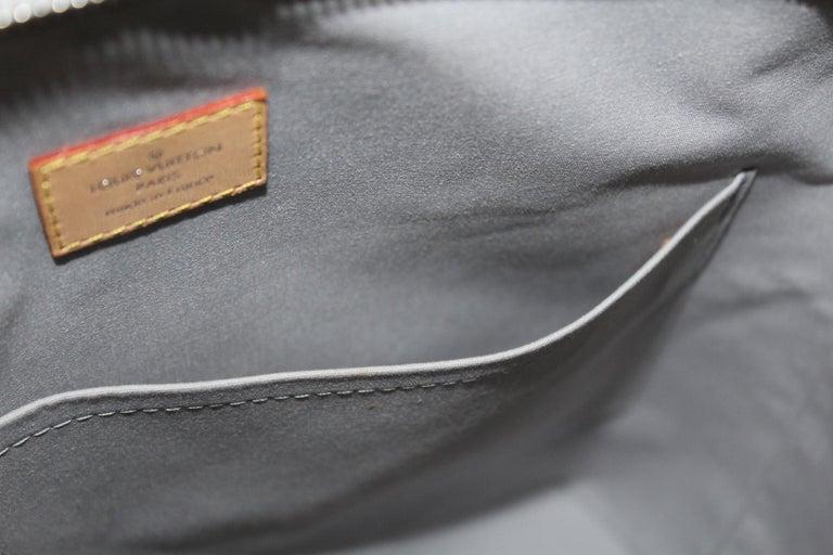 20d01b780c9b 2007 Louis Vuitton Silver Monogram Miroir Lockit Limited Edition Bag For  Sale 2