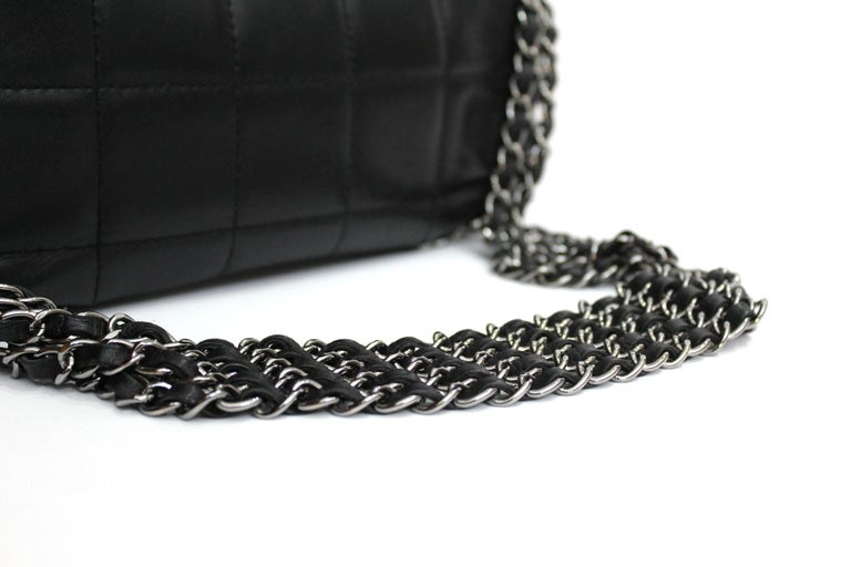 Chanel Black Leather Multiple Chain Bg  For Sale 1