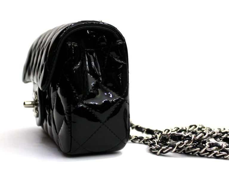Women's 2013/2014 Chanel Black Patent Leather Bag For Sale