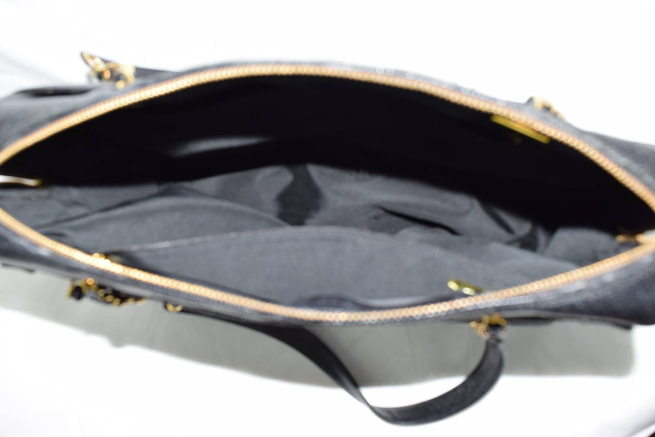 Chanel Boston Bag Black Caviar Shoulder Bag :Circa :1999 10