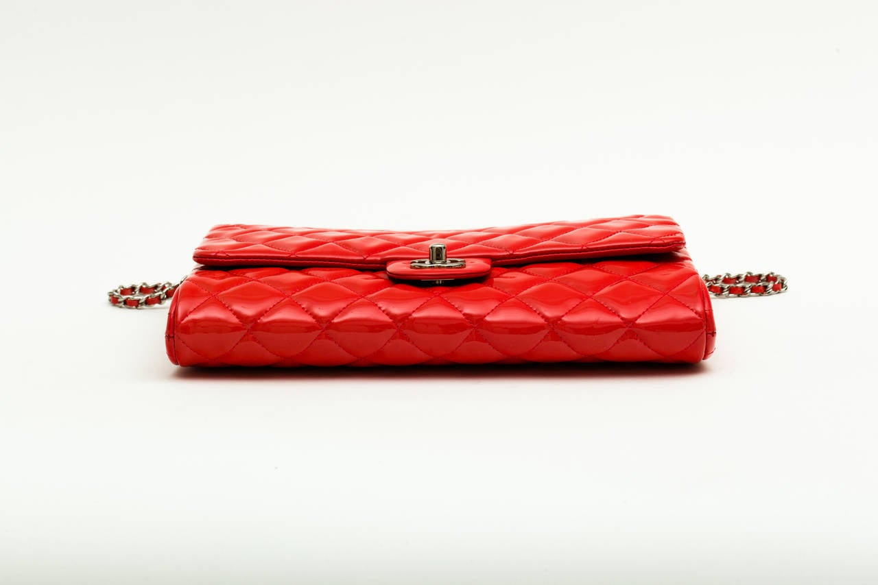 Chanel Patent leather Coral classic Shoulder Clutch bag 3