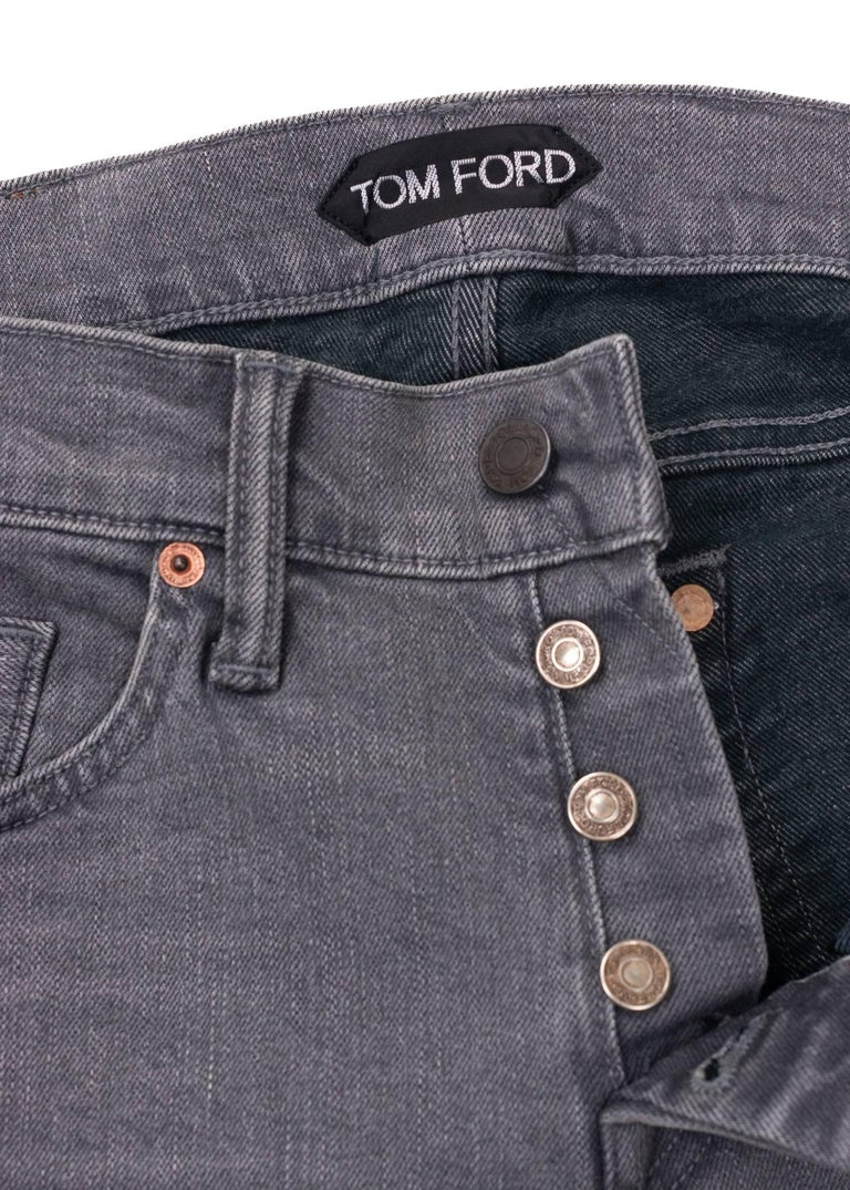 Gray Tom Ford Selvedge Denim Jeans Light Grey Wash Size 33 Regular Fit Model   For Sale
