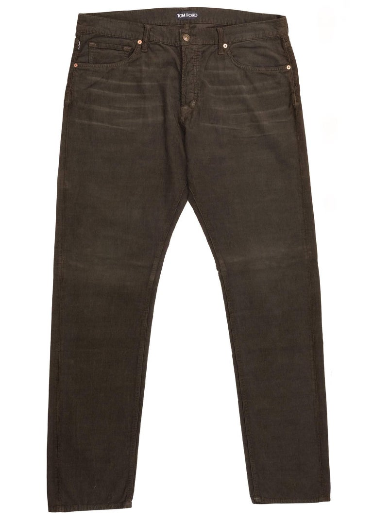 You can always rely on your Tom Ford Corduroy Jeans for the occasion. This timeless pair was designed using durable corduroy cotton, a regular fit, and a five button front fly design. Pair these jeans with a slouchy white top for the perfect all