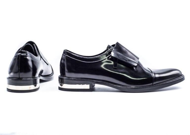 Men's Givenchy Mens Richelieu Metal Heel Black Leather Oxfords For Sale