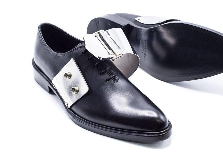 Givenchy Men's Black Leather Richelieu Oxfords For Sale 2