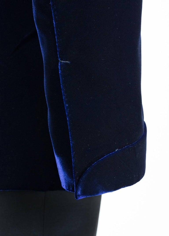 Tom Ford Navy Shelton Slim Fit Velvet Tuxedo Jacket For Sale 1