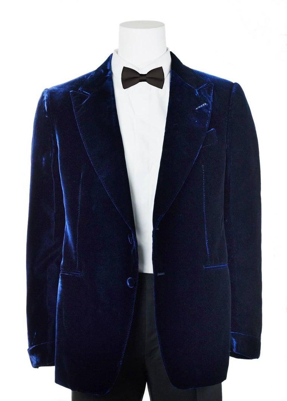 Tom Ford Navy Shelton Slim Fit Velvet Tuxedo Jacket For Sale 2