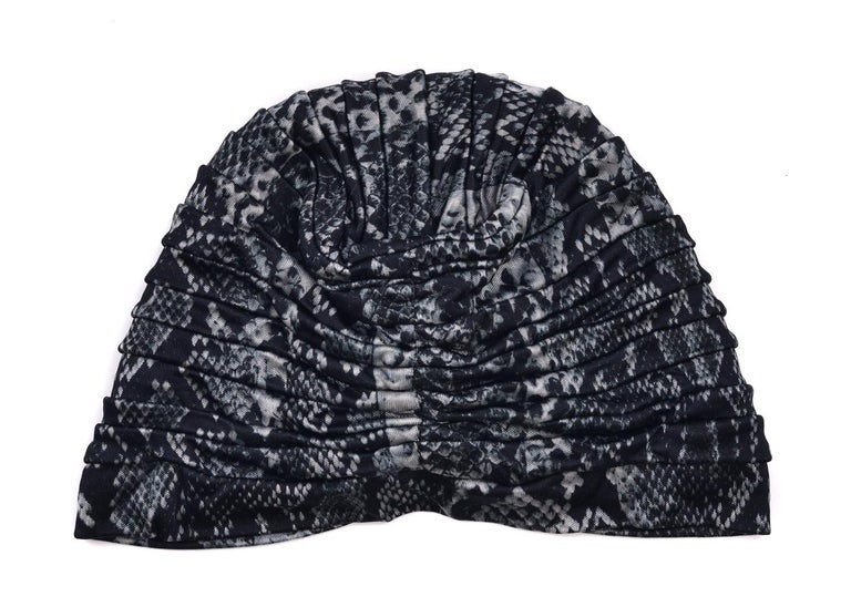 Roberto Cavalli Women Black Grey Snake Print Tiered Turban In New Condition For Sale In Brooklyn, NY