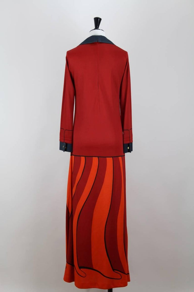 This polyester knit maxi dress comes directly from the Roberta di Camerino archive in Italy (see archive's stamp on picture 8) and is therefore unworn. A version of this dress has been part of the exhibition