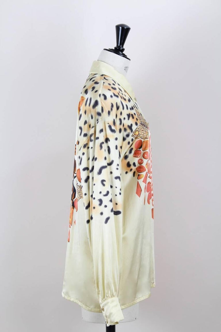 Escada 1980s Light Gold Animal And Gem Print Silk Blouse In Excellent Condition For Sale In Munich, DE