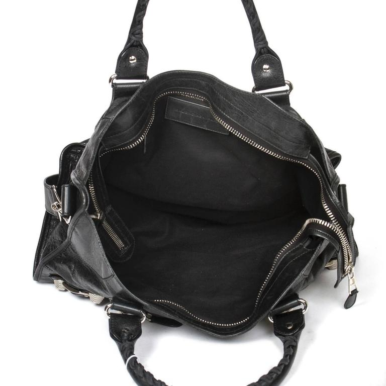 Giant Part Time Black Distressed Leather 6