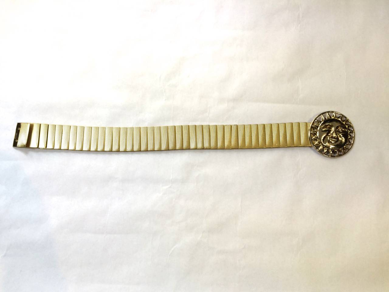 Bill Blass 70s sun face stretch belt size small. 2