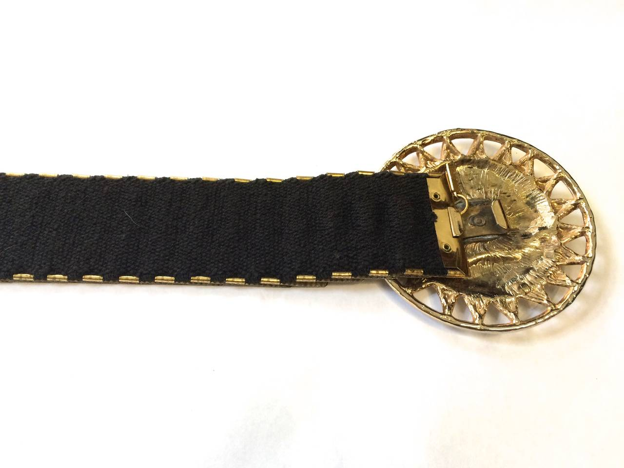 Bill Blass 70s sun face stretch belt size small. 6