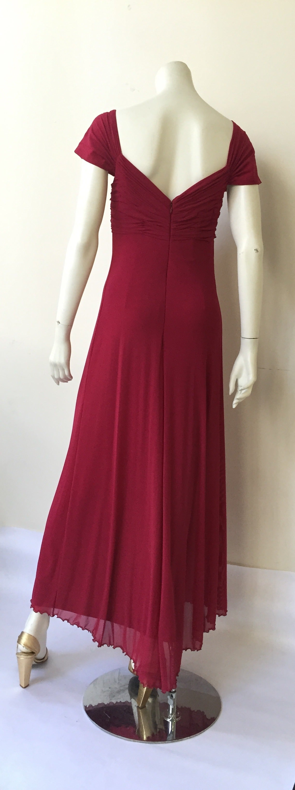 Vicky Tiel Couture Paris Silk Burgundy Evening Gown Size 6/8. For Sale 1