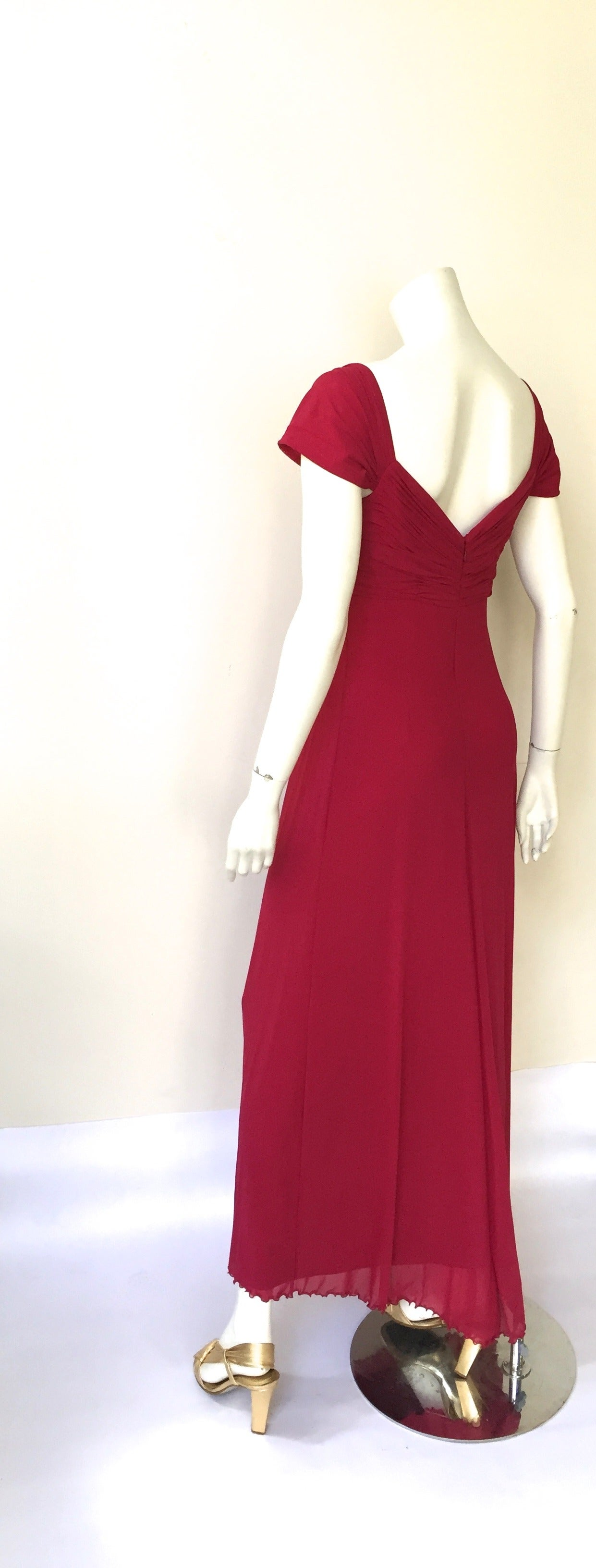 Vicky Tiel Couture Paris Silk Burgundy Evening Gown Size 6/8. For Sale 3