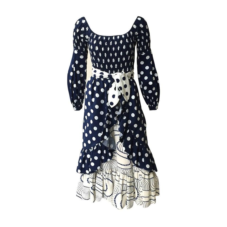 Oscar de la Renta 1970 polka dot Harper's Bazaar dress cover size 4. For Sale