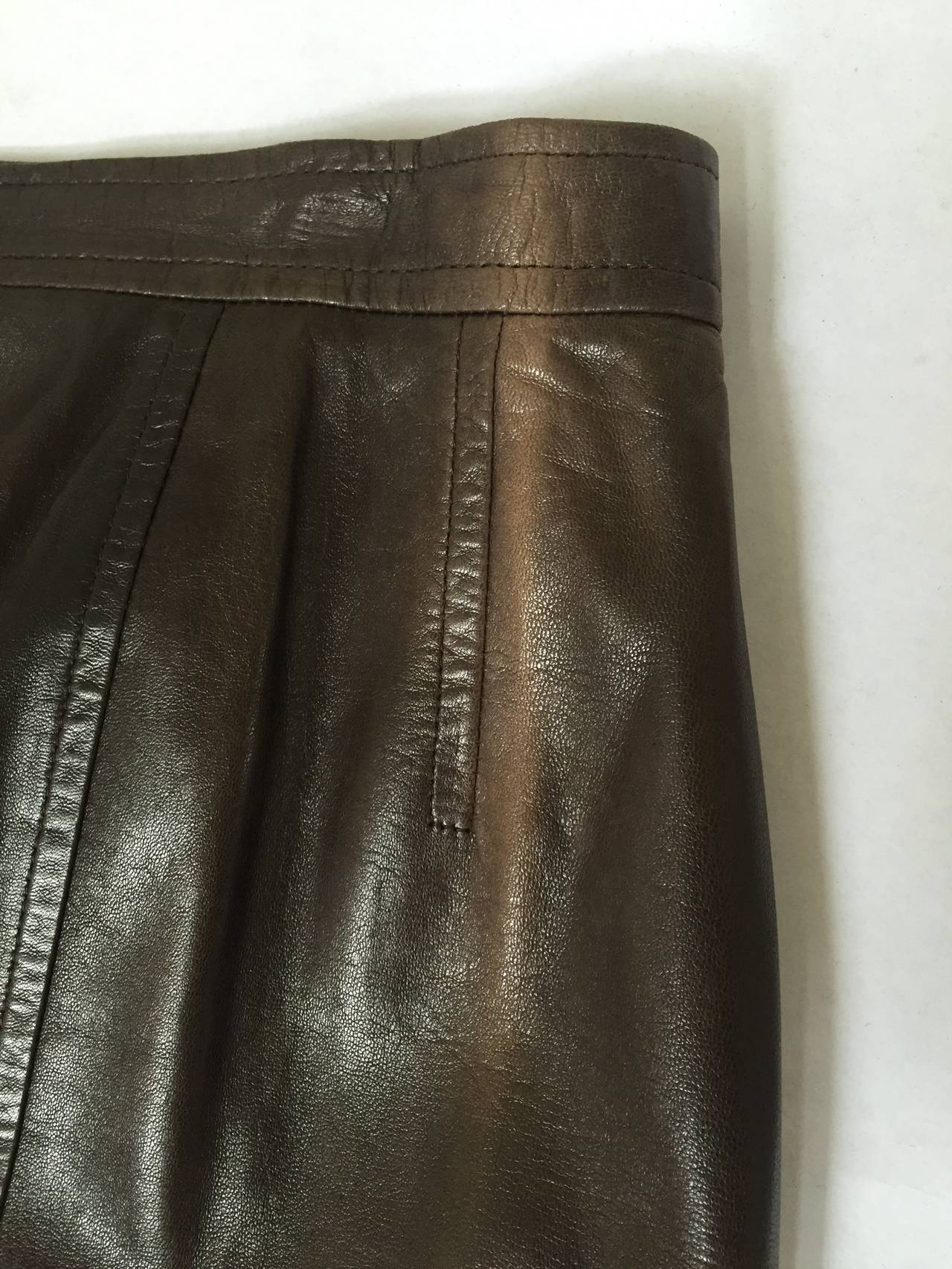 Chanel 80s brown leather skirt size 6. 8