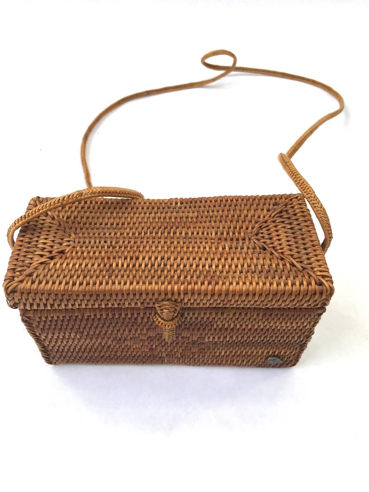 Helen Kaminski woven raffia square shoulder bag. at 1stdibs