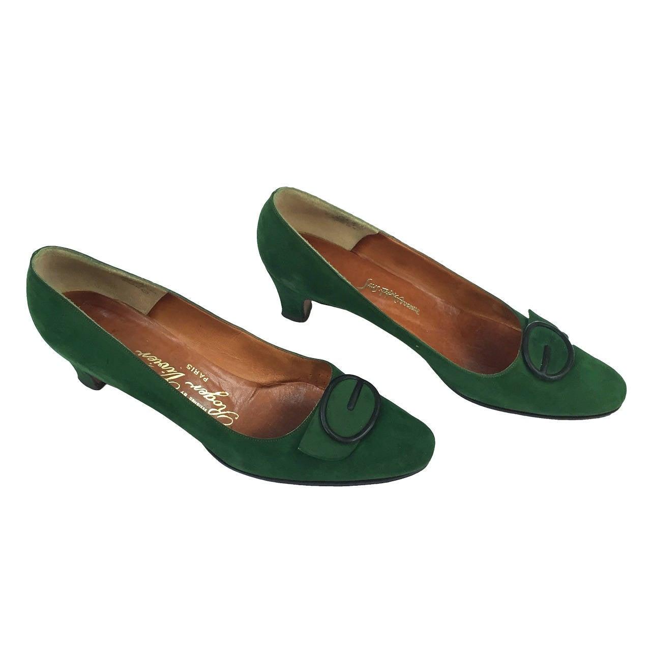 Roger Vivier for Sak's Fifth Avenue 60s green suede heels ...