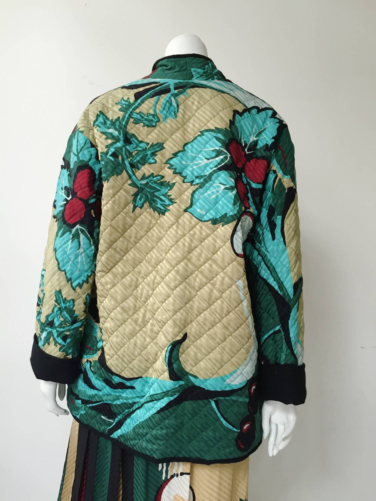 Michaele Vollbracht 80s silk quilted jacket & skirt size 6. 8