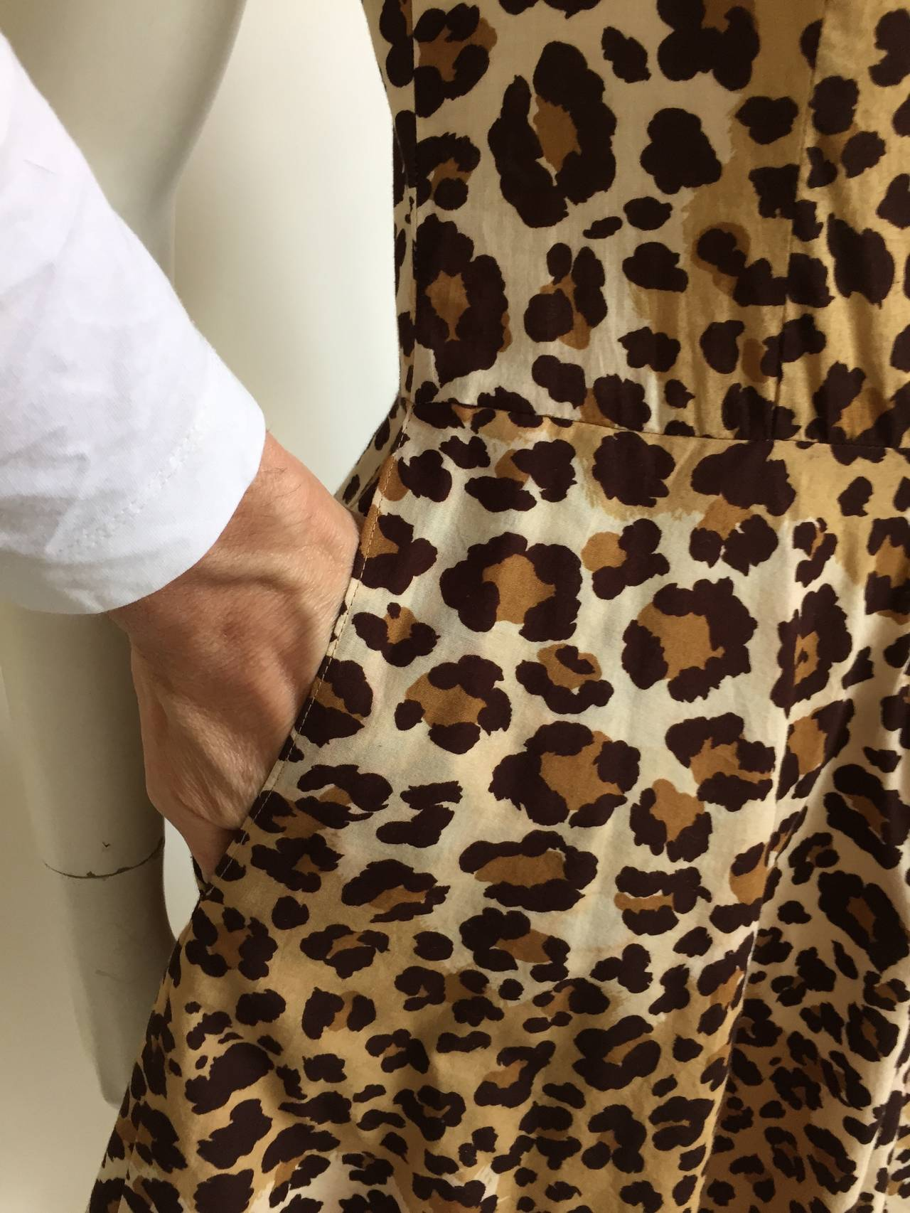 Moschino cheetah print dress with pockets size 6. 6
