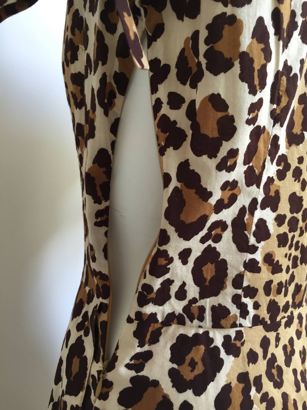 Moschino cheetah print dress with pockets size 6. 8