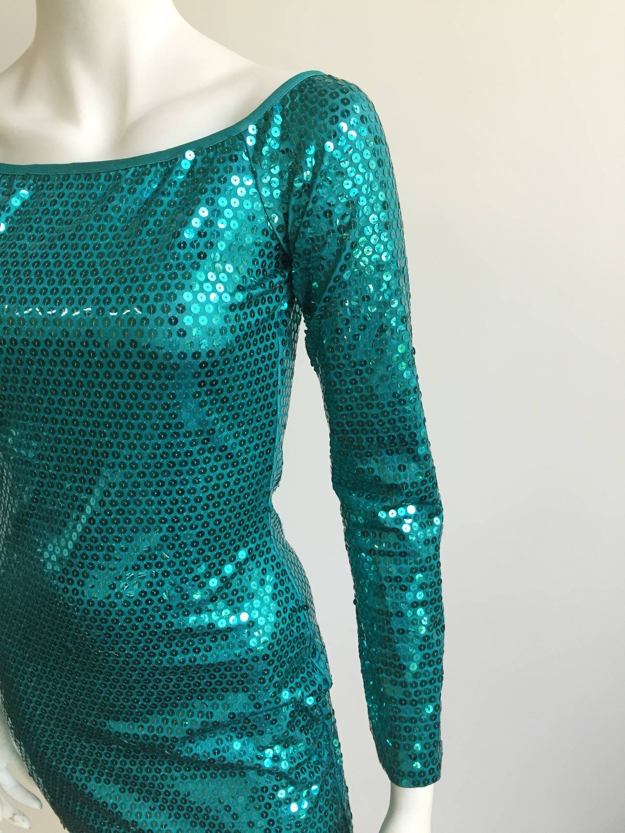 Patrick Kelly Paris Sequin Evening dress Size 4. In Good Condition For Sale In Atlanta, GA